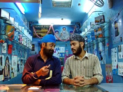 050330-India-Repairmarket-17-thumb